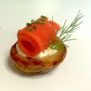 Salmon_Creme_Fraiche_Canapé_2